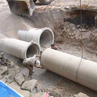 工地水泥管道安装